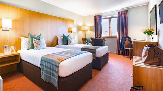 Executive Twin Room Bedroom Lanhydrock Hotel